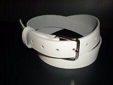 Blanco cinturones de piel adecuado para hombres y mujeres de pequeña a XX grande