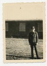 Original German War WWII Photo - Luftwaffe Soldier Wearing Peak Hat