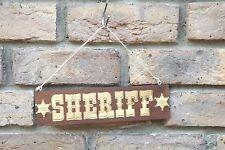"""""""Sheriff"""" Holzschnitt / Holzschild graviert 25 cm x 6,5 cm mit Ösenhaken/ Schnur"""