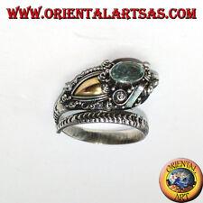 Anello in argento 925 ‰  cobra con piastrina in oro e un topazio blu sulla testa
