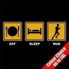 EAT Sleep Run Sport Atletico Corsa JOG FUNNY T-SHIRT REGALI 16 Colori - a 5XL