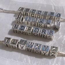 1 perle lettre alphabet A-Z 7mm trou 5mm métal argenté anneau cube serpent *K27A