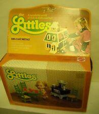 #4235 NIB Vintage Mattel the Littles Belinda Littles with Kitchen Furniture Set