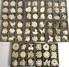 45 kleine Holz Streuteile natur  Herbst Blätter Schmetterling Blüte Ornamente