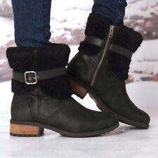 UGG Australia Blayre II Boots 1008220 Black Leather 100% Authentic (Size 5 - 6)