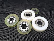 Poliuretano / poliammide PLASTICA RULLI CON bearings.guide wheels.conveyer... Regno Unito.