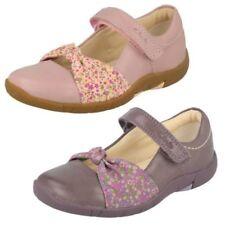 para niña Clarks PUNTA REDONDA CIERRE ADHESIVO Zapatos Casuales Cuero Binnie nia