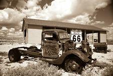 VLIES Fototapete-ROSTY TRUCK-(925V)-Oldtimer Classic Automobil Veteran Rout 66