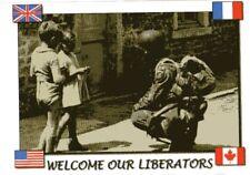 CP WW2 - France 1944 - Une approche timide du soldat US