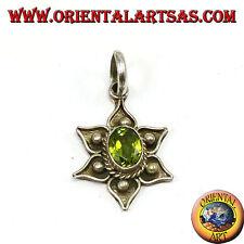 Ciondolo argento 925 ‰  fior di loto con peridoto naturale