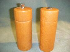 Oak Wood Salt Shaker & Pepper Mill/Grinder Mr Dudley