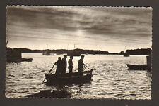 LOCTUDY (29) BATEAU de PECHE ,Coucher de Soleil en 1961