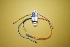 Doble En Miniatura Micro Switch montaje Burgess MICROSWITCH pequeño fd6e3