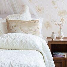 Luxury Plush Sculptured Bedspread and Pillowsham Set Cream,Pink,Green