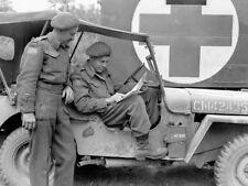 WW2  Photo WWII Royal Winnipeg Rifles in Jeep France 1944  World War Two / 1571