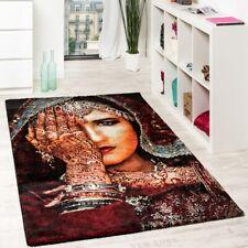 Tapis Design Moderne Femme Nomade Main Tatouée Henné Multicolore Rouge Noir