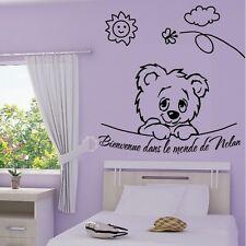 """Stickers Mural Tête Ourson """"Bienvenue dans le monde de ...""""-Choix Taille/couleur"""