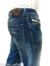 DIESEL Brand Men's Fashion Italy Denim Vintage Straight Jeans Larkee 882D