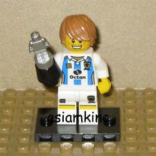 LEGO Mini Figure 8804 Series 4 Minifig Soccer Player