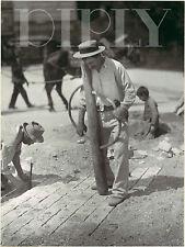 REPRO DECO PHOTO EUGENE ATGET CONSTRUCTION RUE PAVES SUR PANNEAU MURAL BOIS HDF