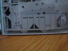 Bowser HO #56384 NP (70 Ton 2-Bay Cov Hop) #75082