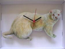 Albino Ferret Horloge murale. Neuf et emballé.