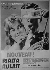 PUBLICITE CHOCOLAT MENIER RIALTA AU LAIT VIOLON DE 1959 FRENCH ADVERT PUB