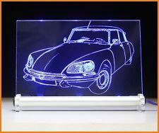 Citroen DS Pallas como auto grabado en pantalla luminosa LED imagen Citroën la Déesse