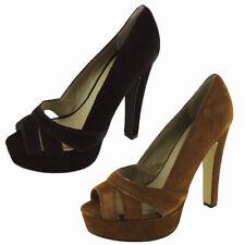 Steve Madden Women 'P-Hayle' Platform Pump Shoe