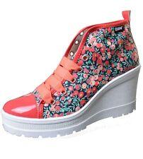 Break & Walk Sneaker mit Keilabsatz und hoher Plateausohle Blumenmuster B&W Schu