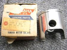 YAMAHA .25mm GP433 GP433SS 1972 1973 PISTON NOS/OEM GP 433 GP433SR 820-11635-02