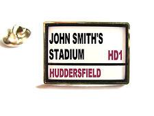 Huddersfield Giants STADIO Via SEGNO SPILLA PER BADGE REGALO