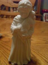 VINTAGE AVON WHITE CHRISTMAS NATIVITY SHEPHERD BOY PORCELAIN FIGURINE 1983 NIB