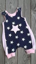 """Kurze Latz- Pumphose Jumpsuit """"Stern rosa """" Jersey Gr. 50/56  bis 86/92 Handmade"""