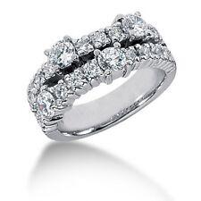 1.60Ct Women's Round Brilliant Cut Right Hand Diamond Ring in 14kt White Gold