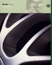 SKODA Octavia accessori 2000-03 UK Opuscolo Vendite sul mercato immobiliare di due volumi