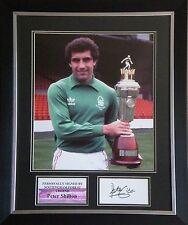 Peter Shilton Signed Nottingham Forest Photo Display Framed AFTAL RD#175