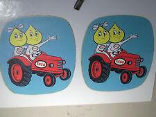 FAC SIMILE  2 AUTOCOLLANTS ESSO TRACTEURS 1960/70