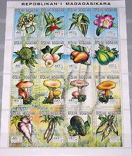 MADAGASCAR MALAGASY 1993 Klb 1626-41 MS 1173e Flora Mushrooms  Nutzpflanzen MNH