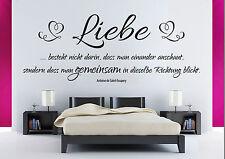 Liebe besteht - Wandaufkleber Hochzeit Zitat Schlafzimmer Wandspruch WandTattoo