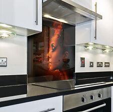 Splashback Paraschizzi Paraspruzzi Rivestimento Cucina donna astratto rosso
