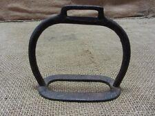 Vintage Cast Iron Stirrup > Antique Old Western Horse Bits Bridles Metal 6810
