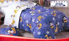Colcha invernal. Disney CALEFFI. MICKEY nieve. Individual, 1 Plaza. Rojo