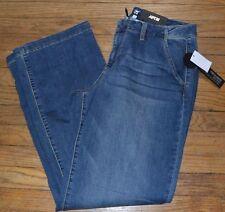 Apt 9 Jeans Trouser Straight Through Hip & Thigh Relaxed Leg Openings Med Denim