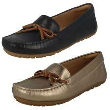 Mujer Clarks Calce Cuero Mocasín Estilo Mocasín Zapatos - dameo Swing