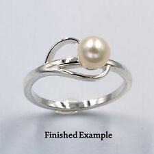 (3mm - 8mm)  Pearl Leaf Design Premium Ring Mounting (Ring Sizes 8, 9)