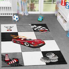 Kinderzimmer Teppich Karo für Jungen Auto Model Finish Grau Creme Schwarz