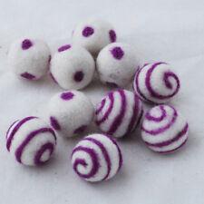 2.5 cm 100% bolas de fieltro de lana - 10 Oscuro Amatista Púrpura Lunares Remolino bolas de fieltro