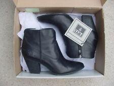 NIB Authentic Frye Renee Seam Ankle Boots Leather Bootie Black Women's Sz 9 $298