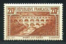 """FRANCE  N° 262 Aa  """" PONT DU GARD CHAUDRON CLAIR  """"  NEUF XX TTB."""
